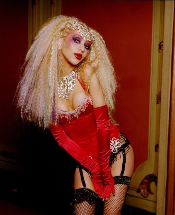 http://celebmafia.com/christina-aguilera-lady-marmalade-screencaps-78763/
